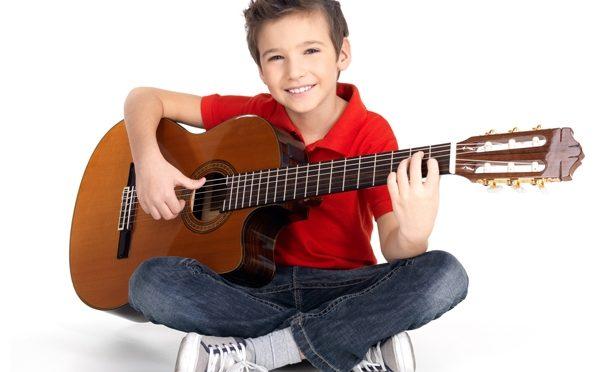8713_uroki-gitary-dlya